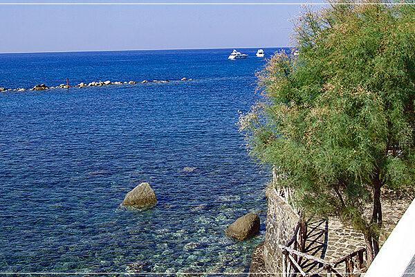 Il mare a Ischia